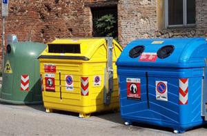 AIM Ambiente: arrivano i nuovi cassonetti gialli della carta