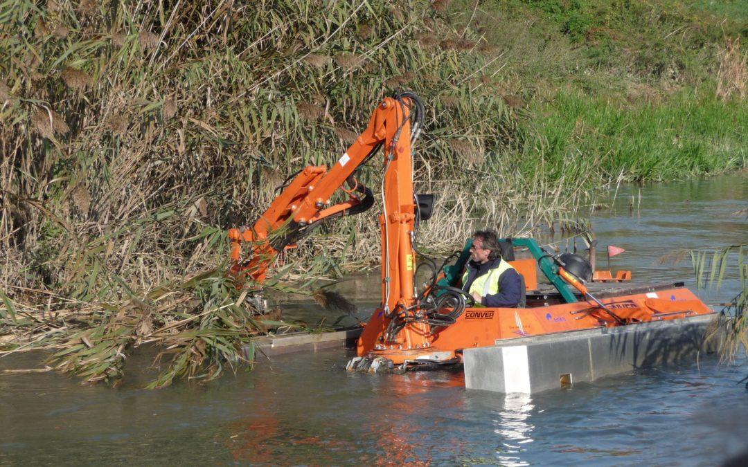 Dimostrazione di macchine e attrezzature per la gestione della vegetazione lungo le rive