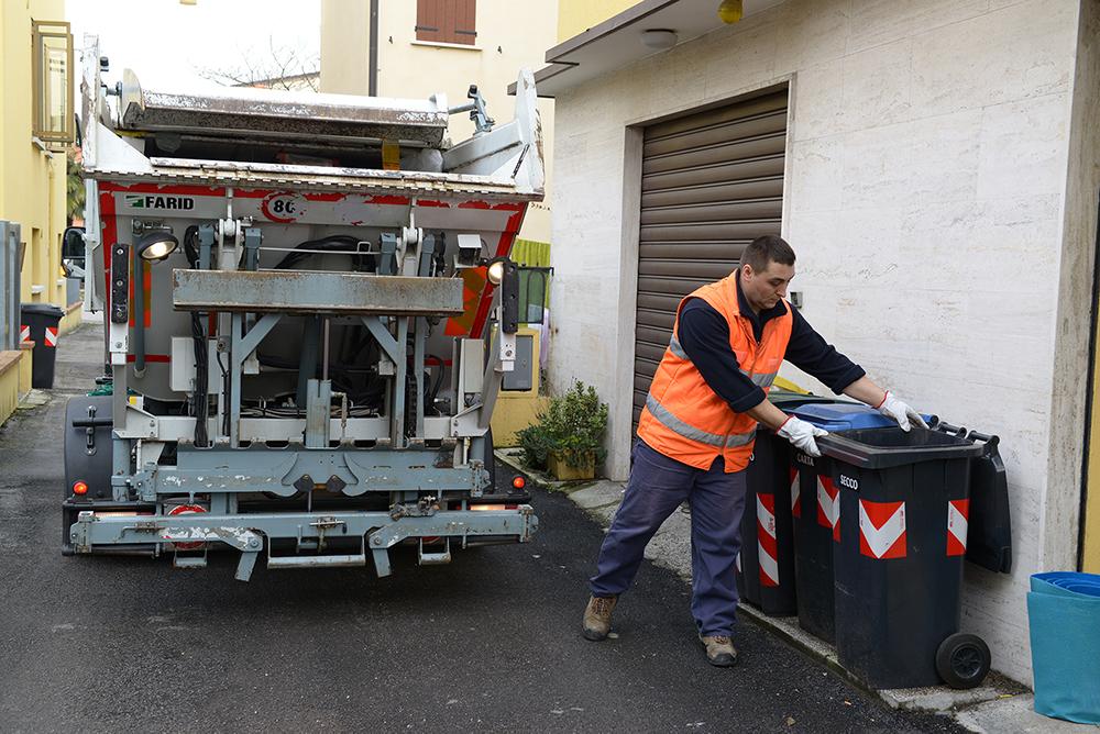 Domani penultima assemblea pubblica sulla raccolta rifiuti porta a porta all'Arcella Ovest di Padova